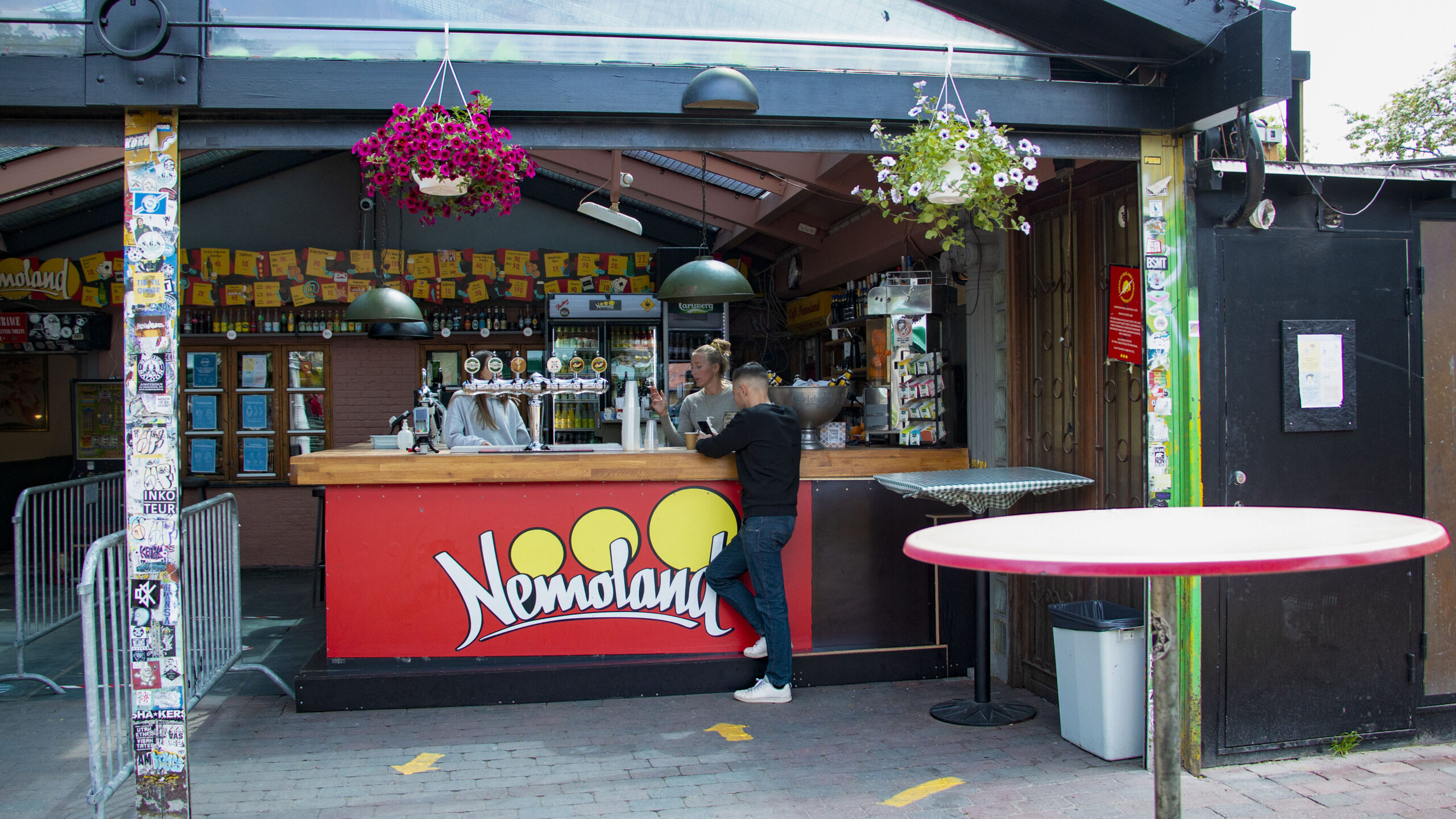 Café Nemoland Brunch Christianshavn Mad Bistro Café Nemo Søndagskoncerter Backgammon spil Pusherstreet Christiania